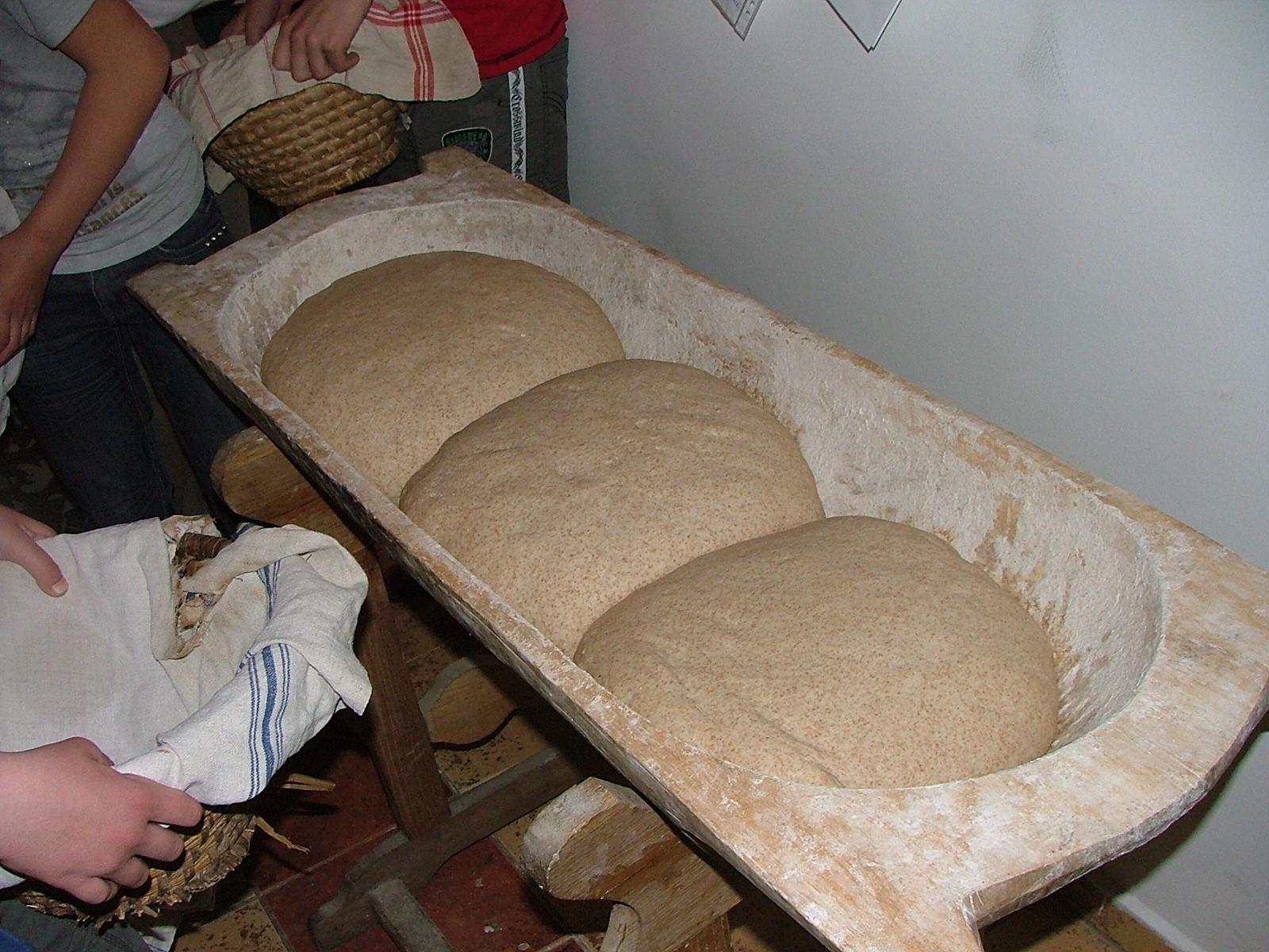 kenyér2